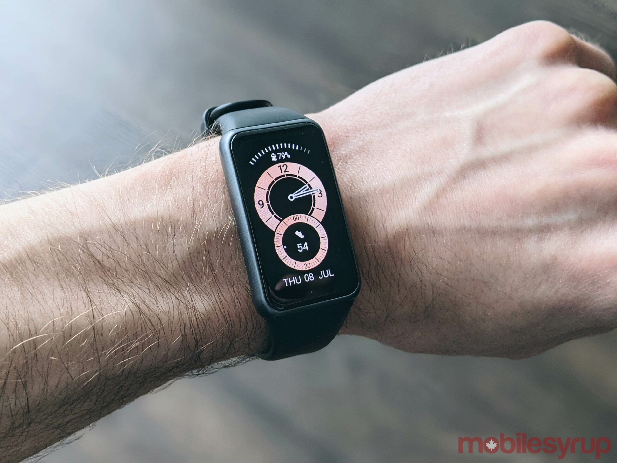 Huawei Band 6 on wrist